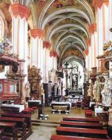 klaster kostel 01